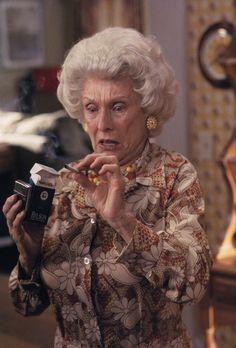 Malcolm mittendrin - Zu allem Übel taucht plötzlich Großmutter Ida (Cloris Le...