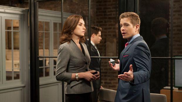 Auf Alicia (Julianna Margulies, l.) und Cary (Matt Czuchry, r.) kommt eine St...