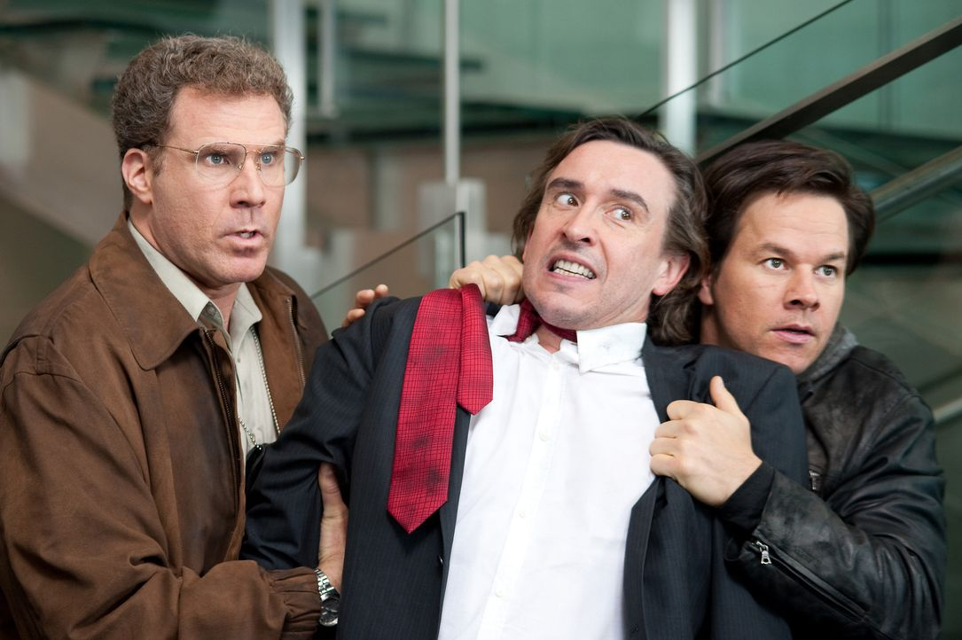 Der Investmentbanker David Ershon (Steve Coogan, M.) gerät mitten in Detective Allen Gambles (Will Ferrell, l.) und Willen Detective Terry Hoitz' (M... - Bildquelle: 2010 Columbia Pictures Industries, Inc. All Rights Reserved.