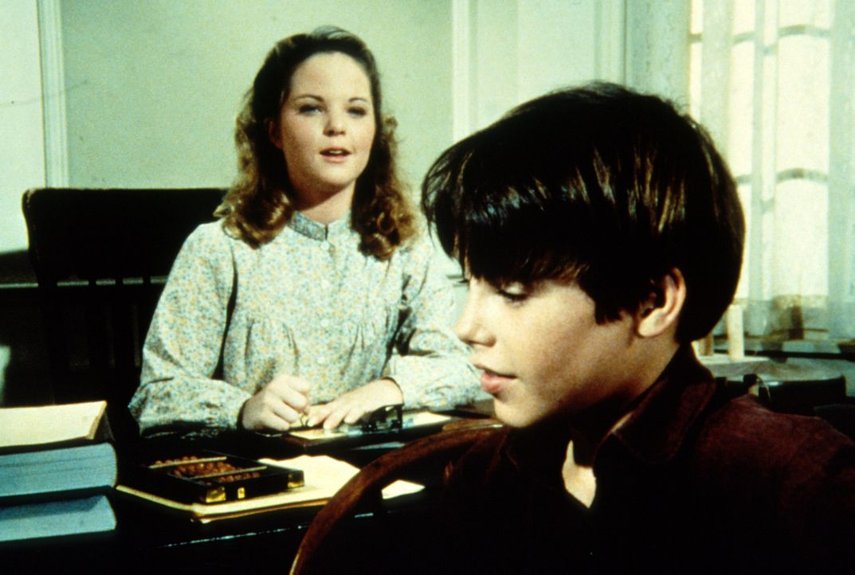 Jordan (Bonnie Scribner, r.) scheint Mary (Melissa Sue Anderson, l.) als Blindenlehrerin nicht unbedingt nötig zu haben. - Bildquelle: Worldvision