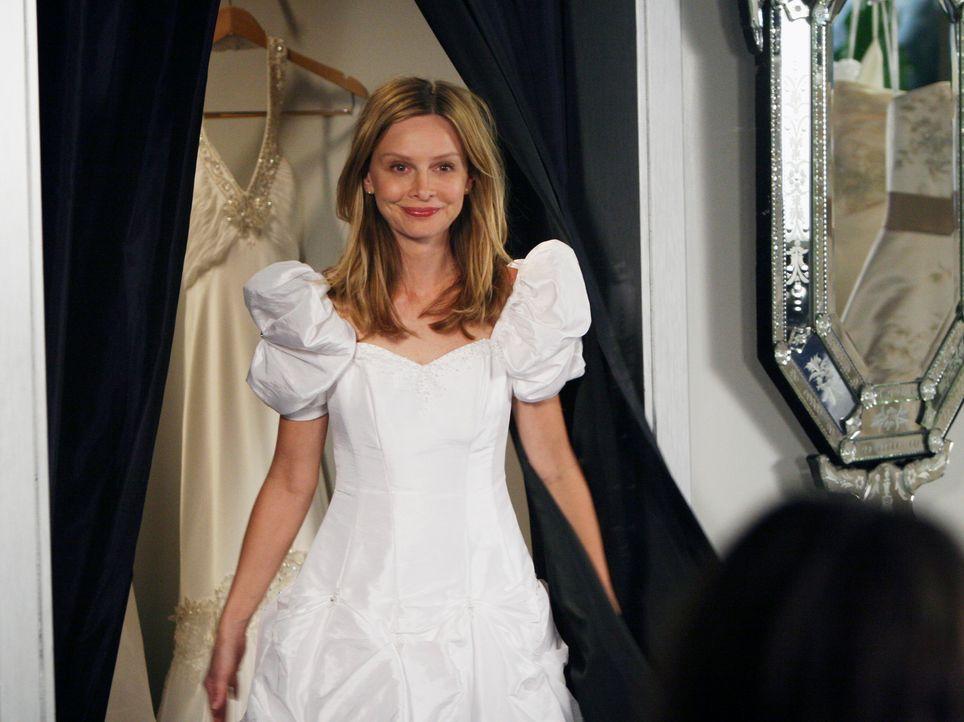Auf der Suche nach dem perfekten Brautkleid: Kitty (Calista Flockhart)... - Bildquelle: Disney - ABC International Television
