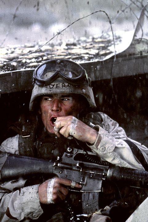 In den Straßenschluchten Mogadischus wartet der Tod: Sergeant Matt Eversman (Josh Hartnett) ... - Bildquelle: Columbia Pictures