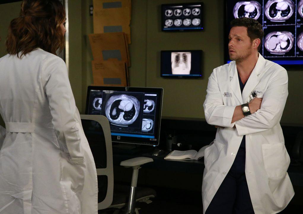 Werden sie wieder zueinanderfinden? Alex (Justin Chambers, r.) und Jo (Camilla Luddington, l.) ... - Bildquelle: Michael Hassan ABC Studios