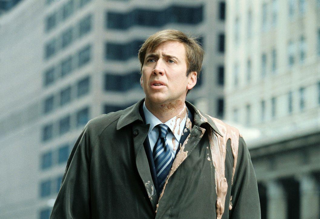 Chicagos Wettermann David Spritz (Nicolas Cage) lebt so, wie es sich die meisten Menschen erträumen: Er ist berühmt, bezieht für nur zwei Stunden... - Bildquelle: 2004 by PARAMOUNT PICTURES. All Rights Reserved.