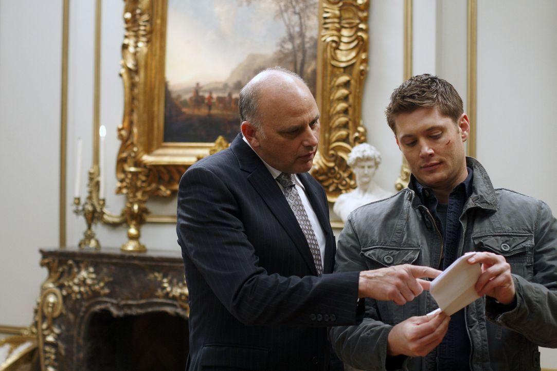 Als Dean (Jensen Ackles, r.) Zachariahs (Kurt Fuller, l.) Plan durchschaut hat - stellt er seine eigenen Bedingungen ... - Bildquelle: Warner Brothers