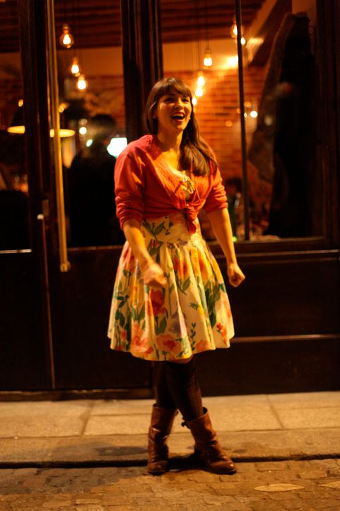 Die Stimmung in Paris verzaubert Rachel Khoo und inspiriert sie zu immer neuen Gerichten ... - Bildquelle: Daniel Lucchesi Plum Pictures 2012