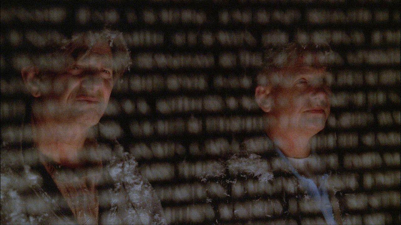 Kurz vor Heilig Abend wird ein älteres Ehepaar in ihrem Haus überfallen und ermordet. Alle Indizien sprechen gegen Ned Quinn (Peter Coyote, l.), d... - Bildquelle: CBS Television
