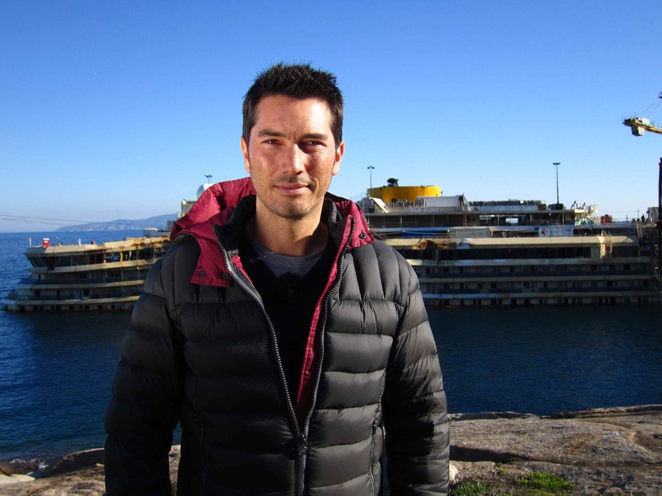 """Das Unglück der Costa Concordia jährt sich im Januar 2014 zum zweiten Mal. Stefan Gödde begibt sich für """"Galileo Spezial"""" auf Spurensuche und ko... - Bildquelle: ProSieben"""
