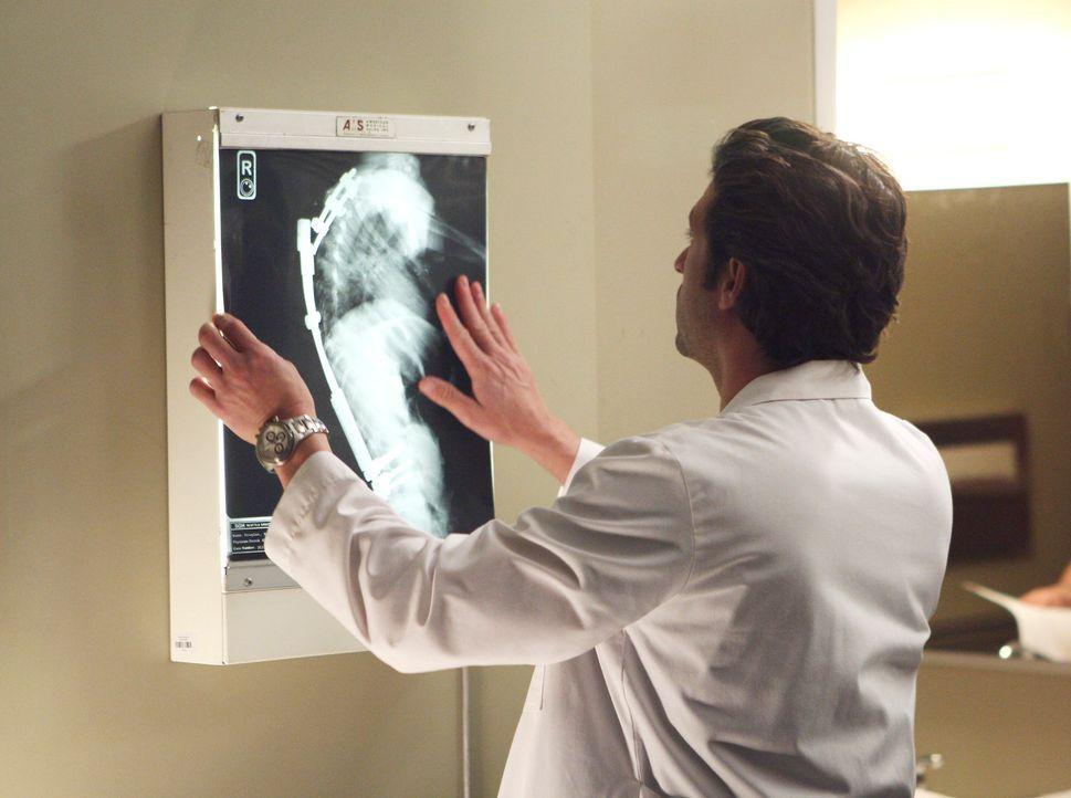 Derek (Patrick Dempsey) hat sich bereit erklärt, eine schwerwiegende Operation durchzuführen, durch die die 17-jährige Heather endlich wieder auf... - Bildquelle: Touchstone Television