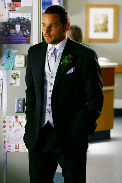 Nachdem es nicht gut um Izzie steht, macht Alex (Justin Chambers) ihr einen Heiratsantrag, damit sie ihren schönsten Tag im Leben noch erleben darf... - Bildquelle: Touchstone Television