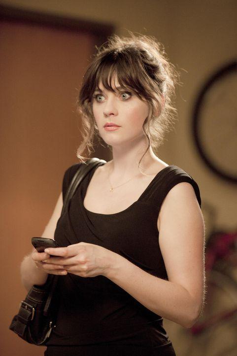 Erlebt ihr blaues Wunder, als sie ihrem Freund eine Überraschung machen möchte: Jess (Zooey Deschanel) ... - Bildquelle: 20th Century Fox