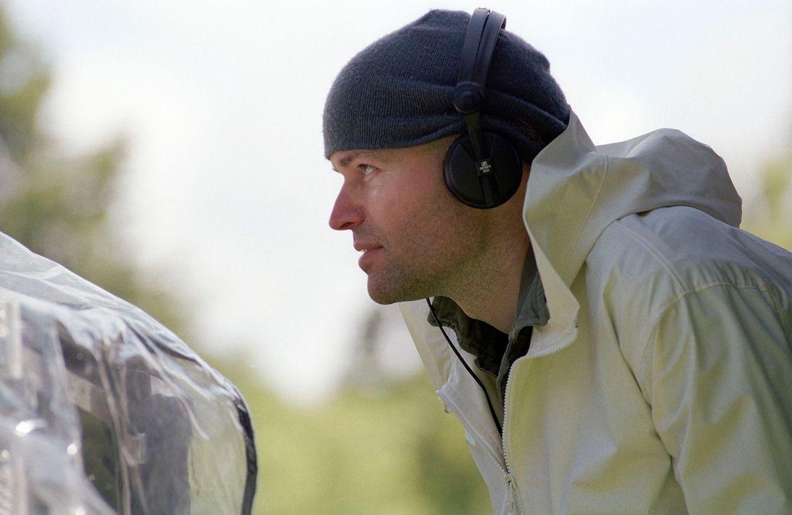 """Bei den Dreharbeiten zu """"Wenn Träumen fliegen lernen"""" ... - Bildquelle: Miramax Films. All rights reserved"""