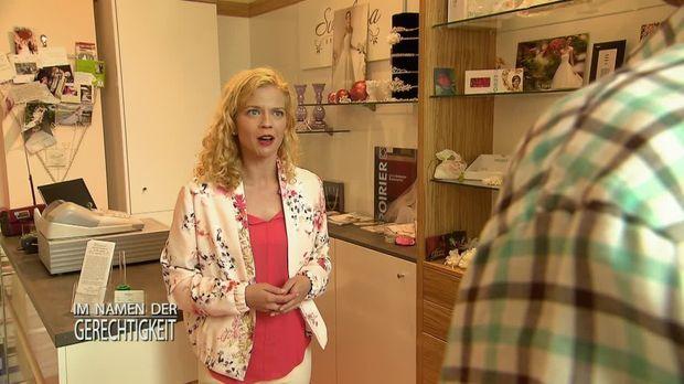 Im Namen Der Gerechtigkeit - Im Namen Der Gerechtigkeit - Staffel 2 Episode 201: Blondes Gift