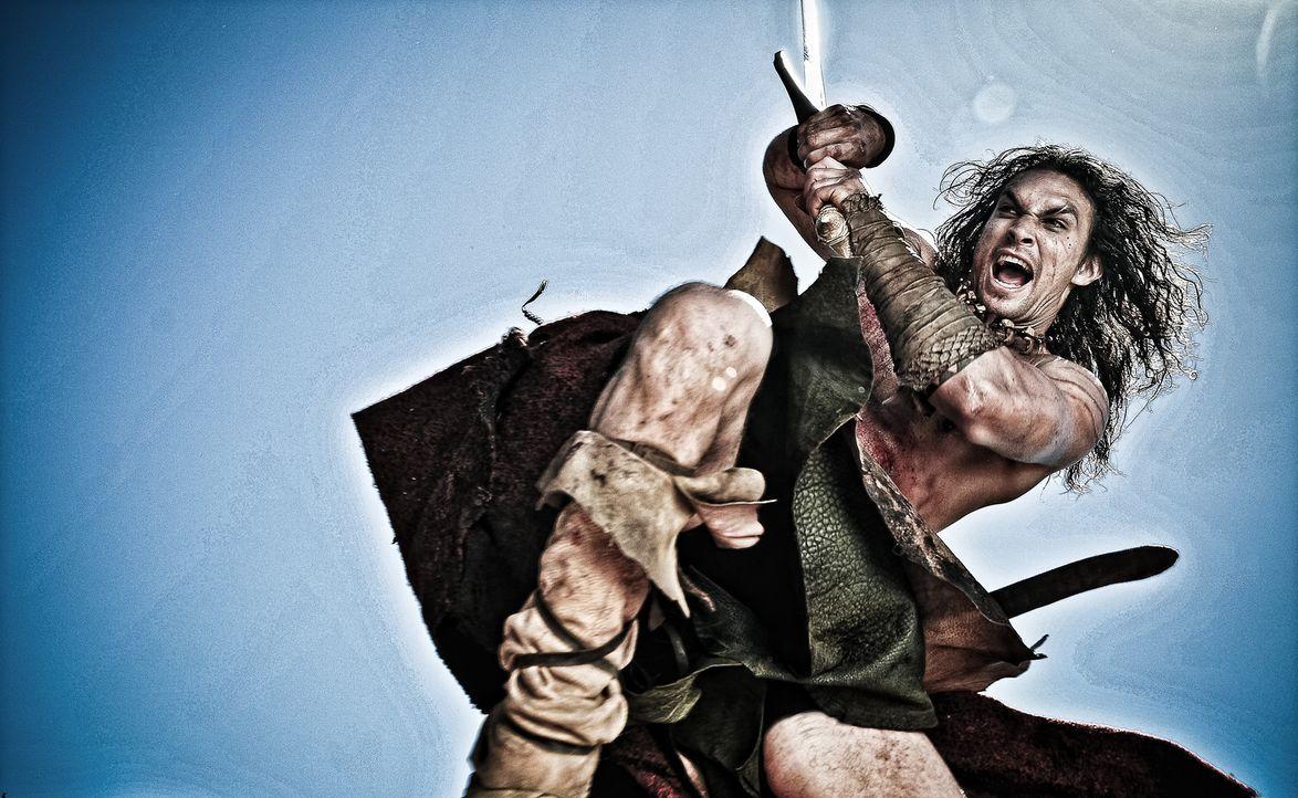 Eines Tages trifft Conan (Jason Momoa) erneut auf einen der Schergen Khalar Zyms und wittert die Chance, endlich Rache zu nehmen. Doch dieser ist in... - Bildquelle: Nu Image Films