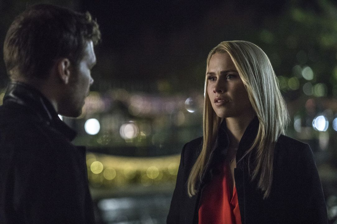 Klaus (Joseph Morgan, l.); Rebekah (Claire Holt, r.) - Bildquelle: Warner Bros.