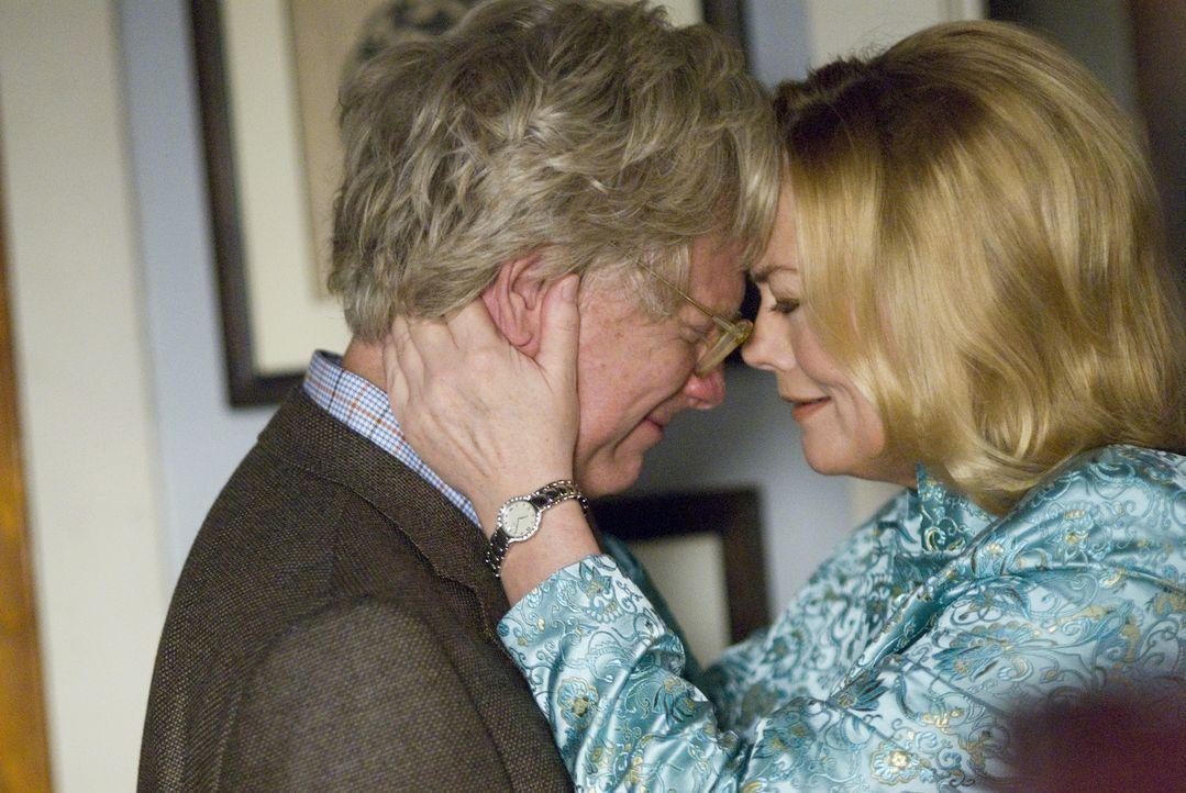 Werden Leonard (Bruce Davison, l.) und Phyllis Kroll (Cybill Shepherd, r.) doch wieder zueinander finden? - Bildquelle: Metro-Goldwyn-Mayer Studios Inc. All Rights Reserved.