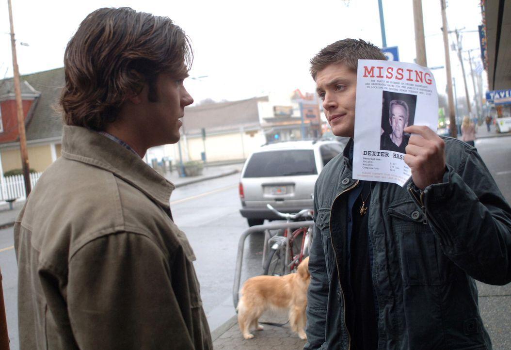 Gehen dem mysteriösen Verschwinden eines Mannes nach: Sam (Jared Padalecki, l.) und Dean Winchester (Jensen Ackles, r.) ... - Bildquelle: Warner Bros. Television