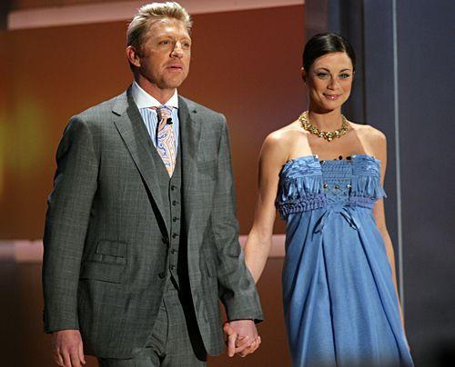 """Und jetzt wird geheiratet!  Boris Becker und Lilly Kerssenberg am 28. Februar 2009 bei """"Wetten das..?"""" - Bildquelle: dpa"""
