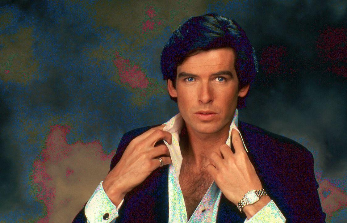 Als ein mysteriöser Mann (Pierce Brosnan) in Lauras Leben tritt und sich als der wahre Remington Steele ausgibt, bringt das das Leben der jungen Pri... - Bildquelle: Motion Picture   1985 MTM PRODUCTIONS.    2001 Twentieth Century Fox Film Corporation. All rights reserved.