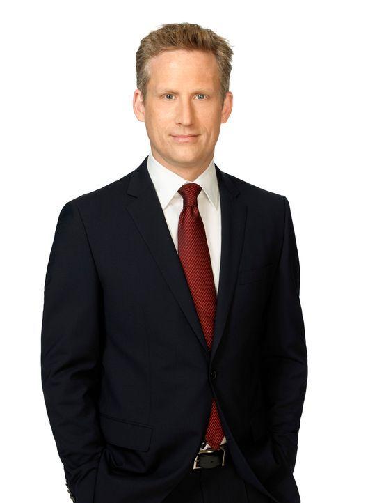 (1. Staffel) - Ist daran interessiert, den beiden neuen Anwälten Franklin und Bash in die Quere zu kommen: Damien Karp (Reed Diamond) ... - Bildquelle: 2011 Sony Pictures Television Inc. All Rights Reserved.