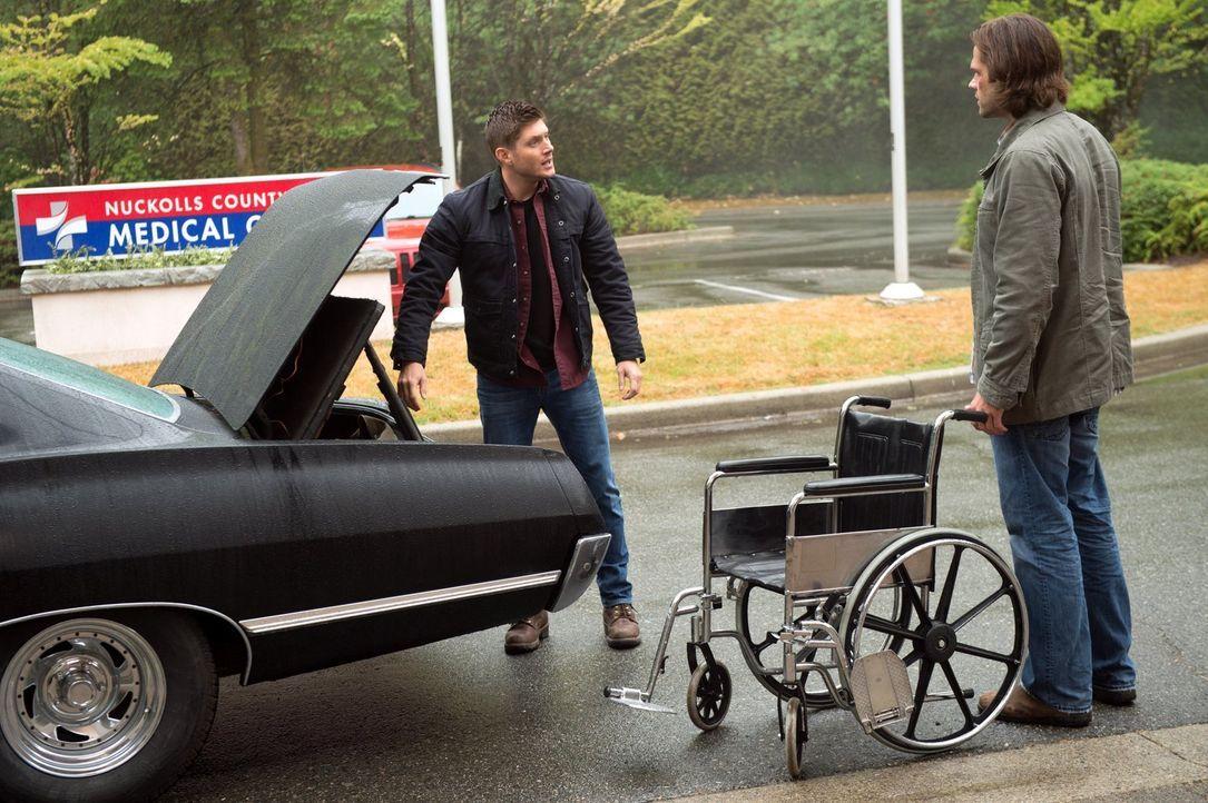 Noch ahnen Dean (Jensen Ackles, l.) und Sam (Jared Padalecki, r.) nicht, welche Auswirkungen die Befreiung der Finsternis haben wird ... - Bildquelle: 2014 Warner Brothers