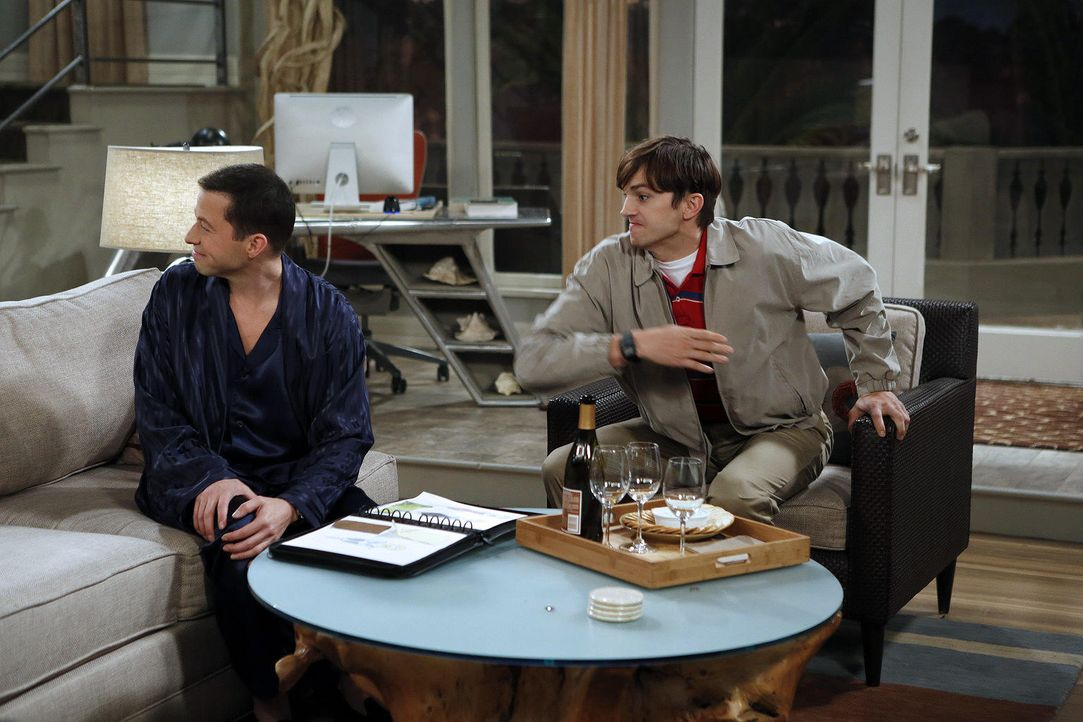 two-a-half-men-stf10-epi12-willkommen-alancrest-05-warner-bros-televisionjpg 1536 x 1024 - Bildquelle: Warner Brother Entertaiment