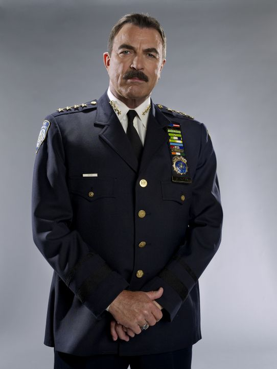 (2. Staffel) - Schon sein Vater Henry hatte den Job als New Yorker Polizei Chef ehe er in Ruhestand ging. Für Frank (Tom Selleck) ist es eine Ehre,... - Bildquelle: 2010 CBS Broadcasting Inc. All Rights Reserved