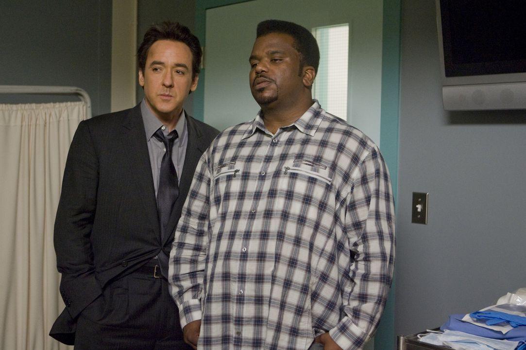 Schon seit geraumer Zeit ist Nick (Craig Robinson, r.) und Adam (John Cusack, l.) klar, dass ihre beste Zeit schon lange vorbei ist. Da erhalten sie... - Bildquelle: 2010 Twentieth Century Fox