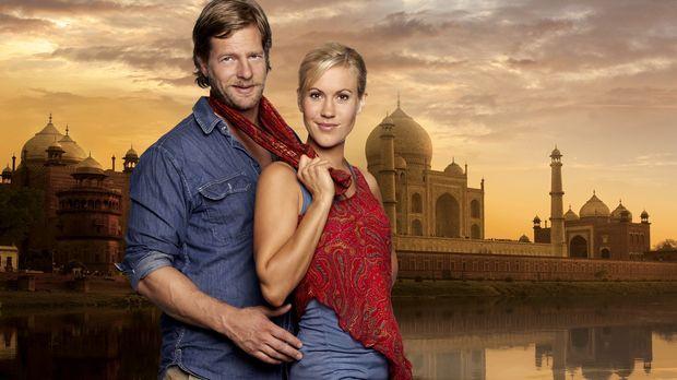Indisch für Anfänger: Max (Henning Baum, l.) und Sarah (Wolke Hegenbarth, r.)...