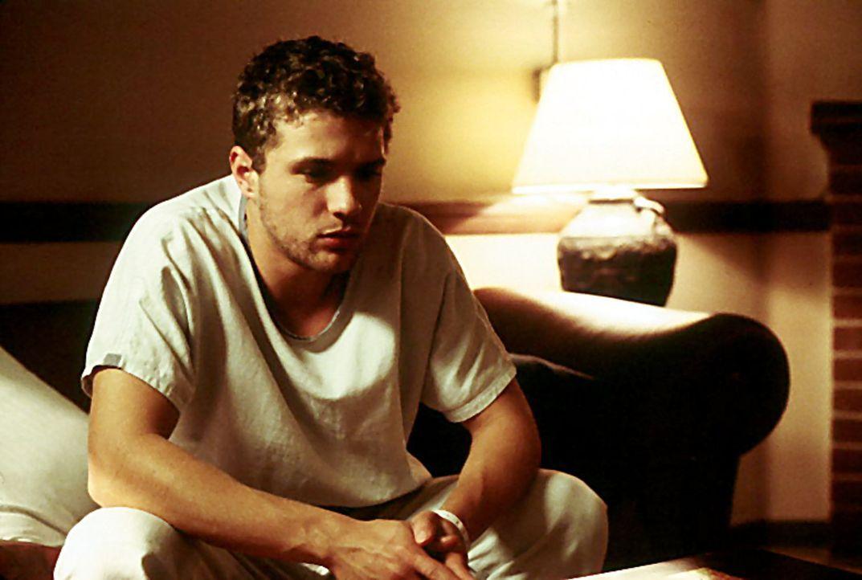 Simon (Ryan Phillippe) kann sich nicht an die letzten zwei Jahre seines Lebens erinnern. Doch dann beginnt er plötzlich in willkürlichen Zeitsprü... - Bildquelle: Miramax Films