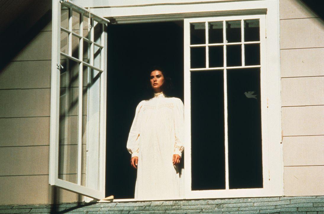Der geheimnisvolle David hat Abby (Demi Moore) von einem siebten Zeichen erzählt: Eine Frau wird ein totes Kind ohne Seele gebären. Ist Abby diese F... - Bildquelle: TriStar Pictures