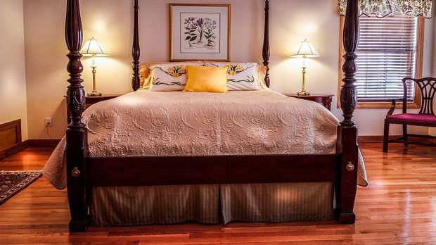 schlafzimmer einrichten einrichtungsideen und tipps. Black Bedroom Furniture Sets. Home Design Ideas