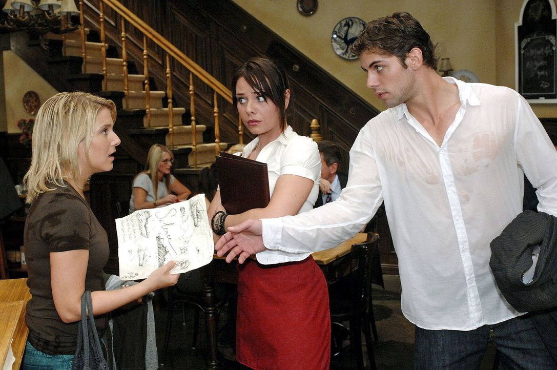 Als Jonas den Zettel zurückverlangt, begreift Anna, dass Katja wieder einmal die Nutznießerin ihrer Idee ist. v.l.n.r. Anna (Jeanette Biedermann), P... - Bildquelle: Oliver Ziebe Sat.1