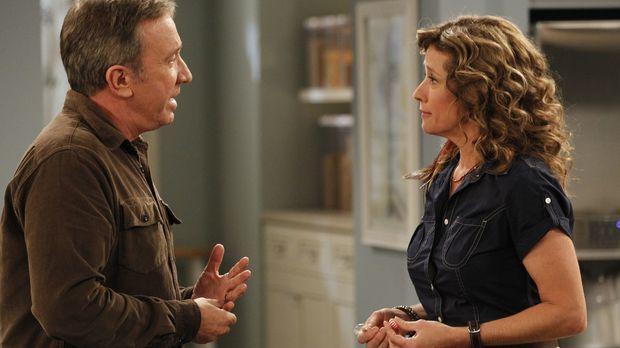 Vanessa (Nancy Travis, r.) erinnert Mike (Tim Allen, l.) daran, am nächsten T...