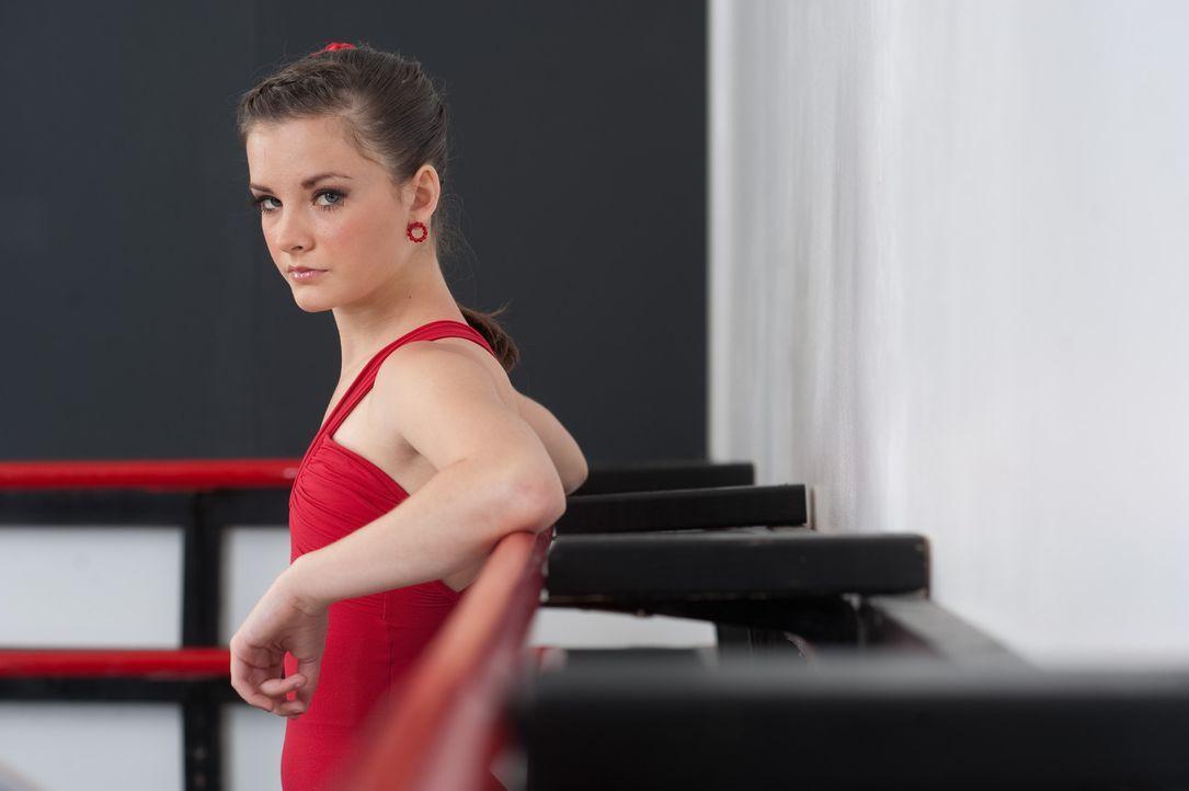 Kann Brooke dem ganzen Chaos um ihre Tanzfreunde und Konkurrentinnen entgehen? - Bildquelle: Scott Gries 2012 A+E Networks