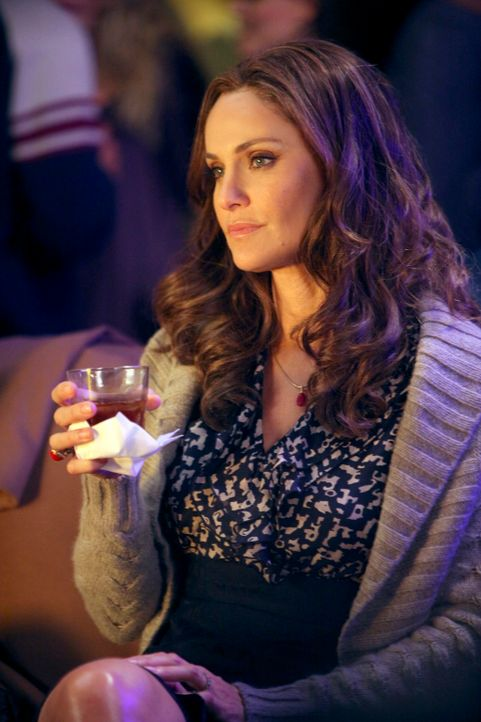Versucht alles, um Charlotte zu helfen: Violet (Amy Brenneman) ... - Bildquelle: ABC Studios