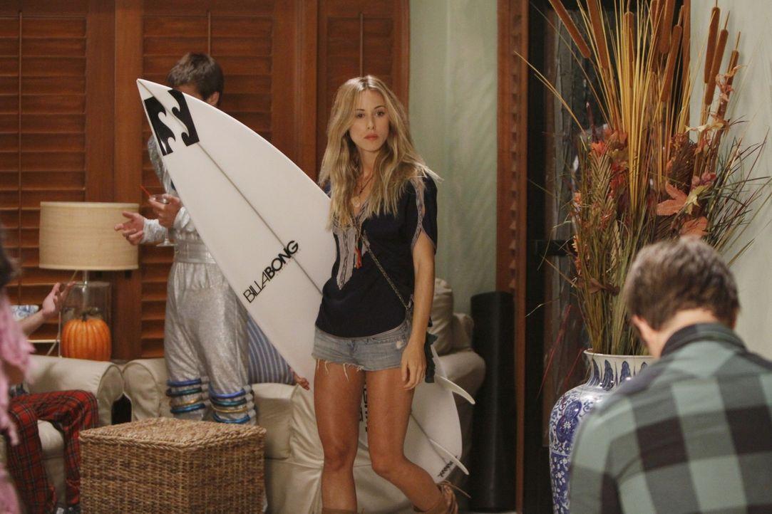 Dieses Mädchen (Ivy - Gillian Zinser) kämpft nicht immer mit fairen Mitteln... - Bildquelle: TM &   CBS Studios Inc. All Rights Reserved