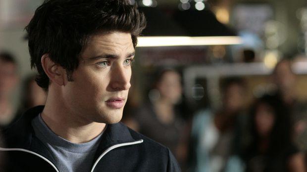 Er hat nur ein Ziel: Kyle (Matt Dallas) will Jessi vor sich selbst schützen ....