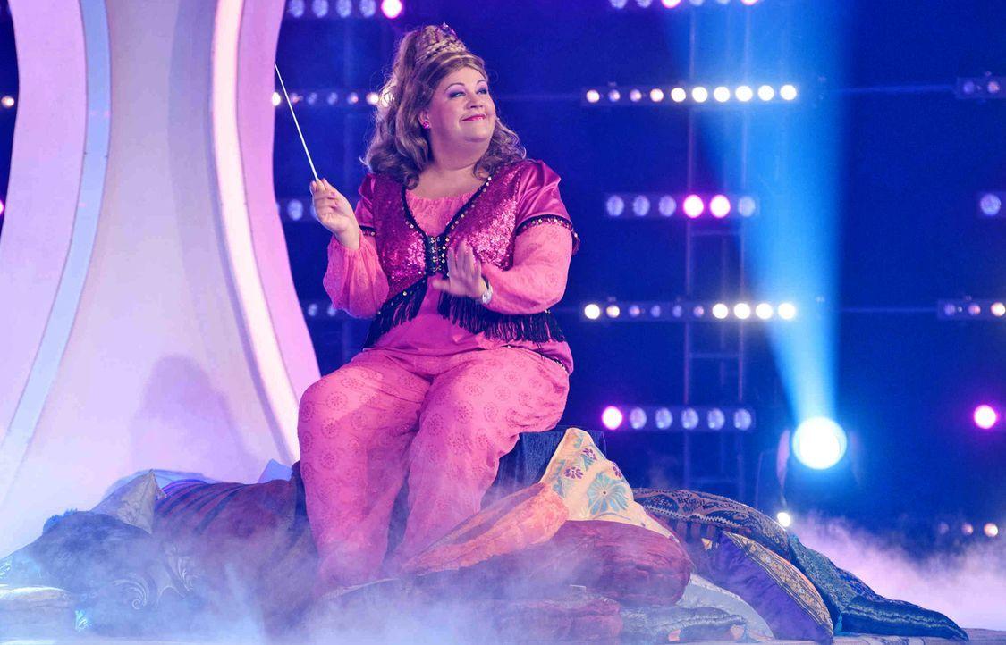 Die Comedy-Prinzessin ermöglicht längst überfällige Renovierungen, den lang ersehnten Familienurlaub oder das Duett mit dem Star-Idol-02 - Bildquelle: Claudius Pflug SAT.1