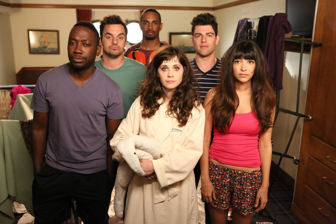 Gemeinsam begeben sich Nick (Jake M. Johnson, 2.v.l.), Jess (Zooey Deschanel, 3.v.r.), Coach (Damon Wayans Jr, 3.v.l.), Schmidt (Max Greenfield, 2.v... - Bildquelle: 2014 Twentieth Century Fox Film Corporation. All rights reserved.