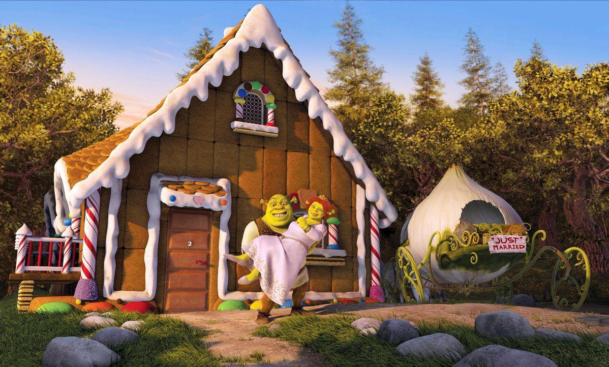 Wunschlos glücklich! Doch dann müssen Shrek, l. und Prinzession Fiona, r. auf Verwandtenbesuch gehen ... - Bildquelle: DreamWorks SKG