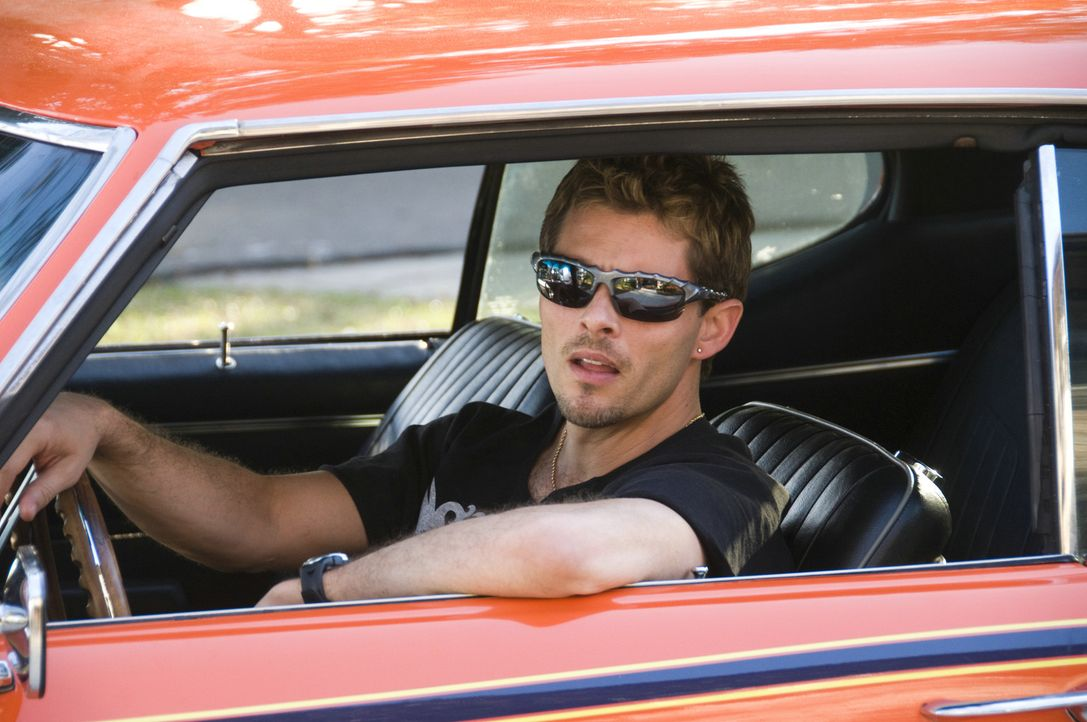 "Der ""Judge"" ist der ganze Stolz von Ians Bruder Rex (James Marsden). Eines Tages ""leiht"" sich sein jüngerer Bruder den Pontiac GTO aus, um mit sein... - Bildquelle: 2008 Summit Entertainment, LLC. All rights reserved"
