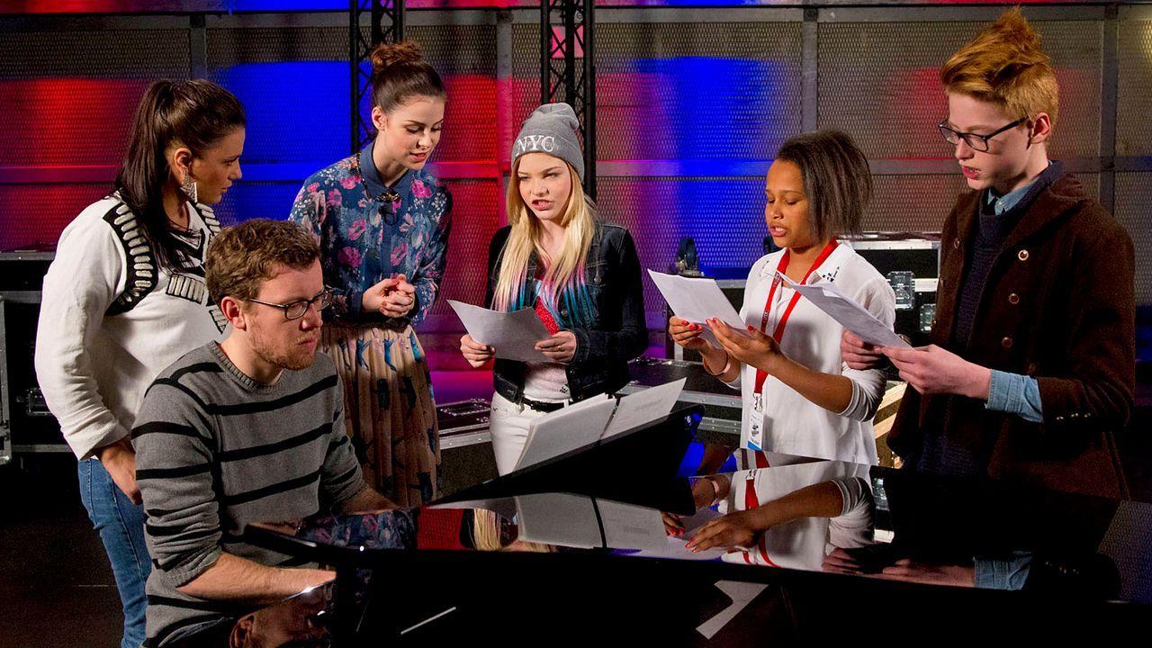 The-Voice-Kids-epi04-Emma-Judith-TimmP-7-SAT1-Richard-Huebner - Bildquelle: SAT.1/Richard Hübner