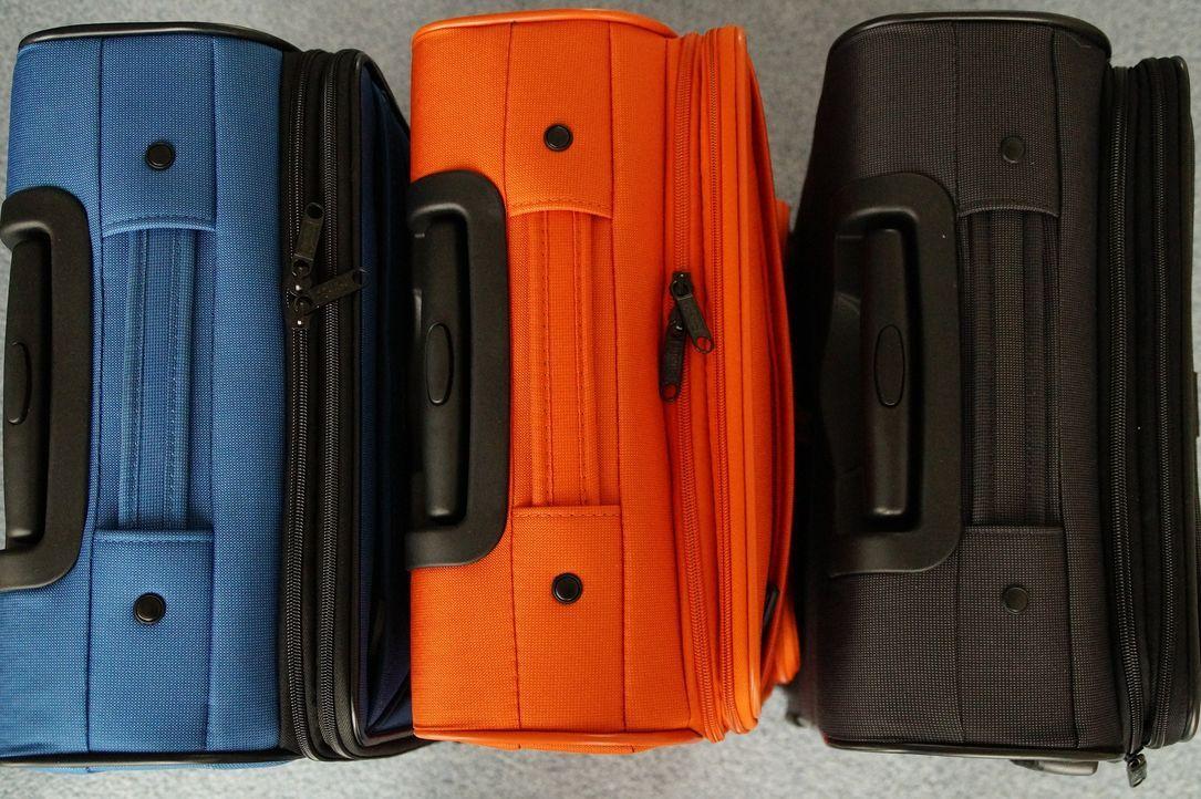 6. Koffer wiederfindenEndlich am Urlaubsort angekommen! Jetzt nur noch den K... - Bildquelle: Pixabay