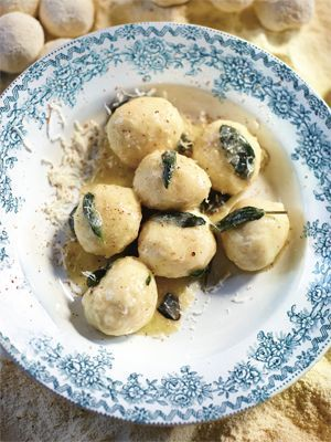 Jamies Wohlfühlküche: Butter-Salbei-Gnudi Rezeptbild