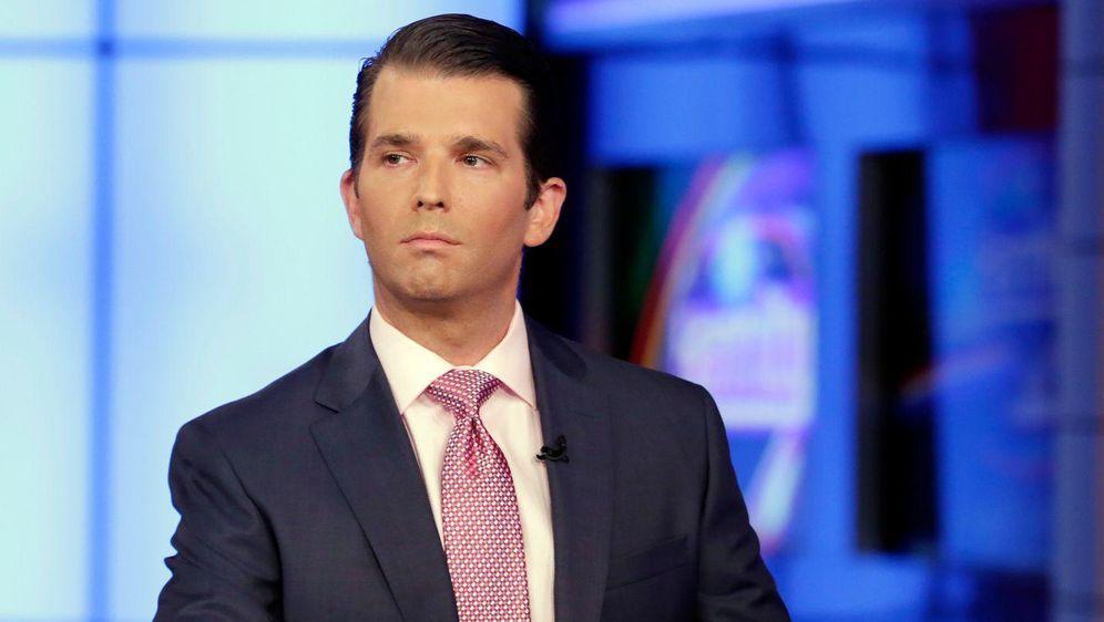Was lief da mit Trump Jr. und Wikileaks? - Bildquelle: dpa