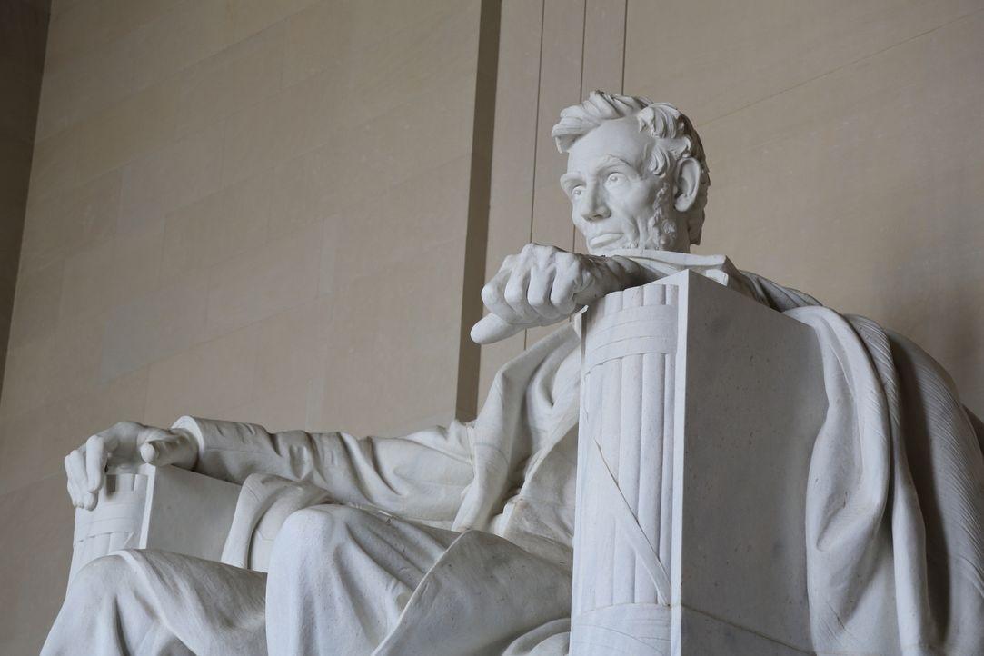 Der 16. amerikanische Präsident Abraham Lincoln ist in Washington D.C. überall präsent. Während viele Touristen das große Lincoln Memorial kennen, w... - Bildquelle: Indigo Films/ DCL