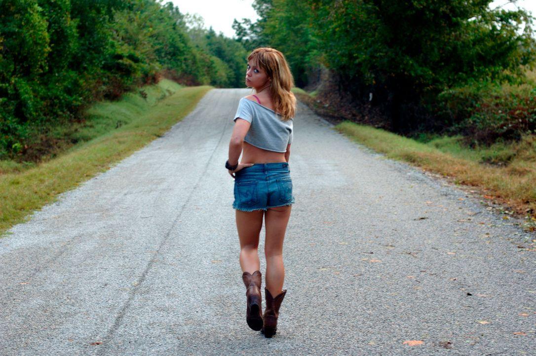 Rae (Christina Ricci) ist ein junges Mädchen, das keinen anderen Weg findet, als ihre Probleme in Alkohol, Drogen und Sex zu ertränken. Doch als sie... - Bildquelle: Copyright   2006 by PARAMOUNT VANTAGE, a Division of PARAMOUNT PICTURES. All Rights Reserved.