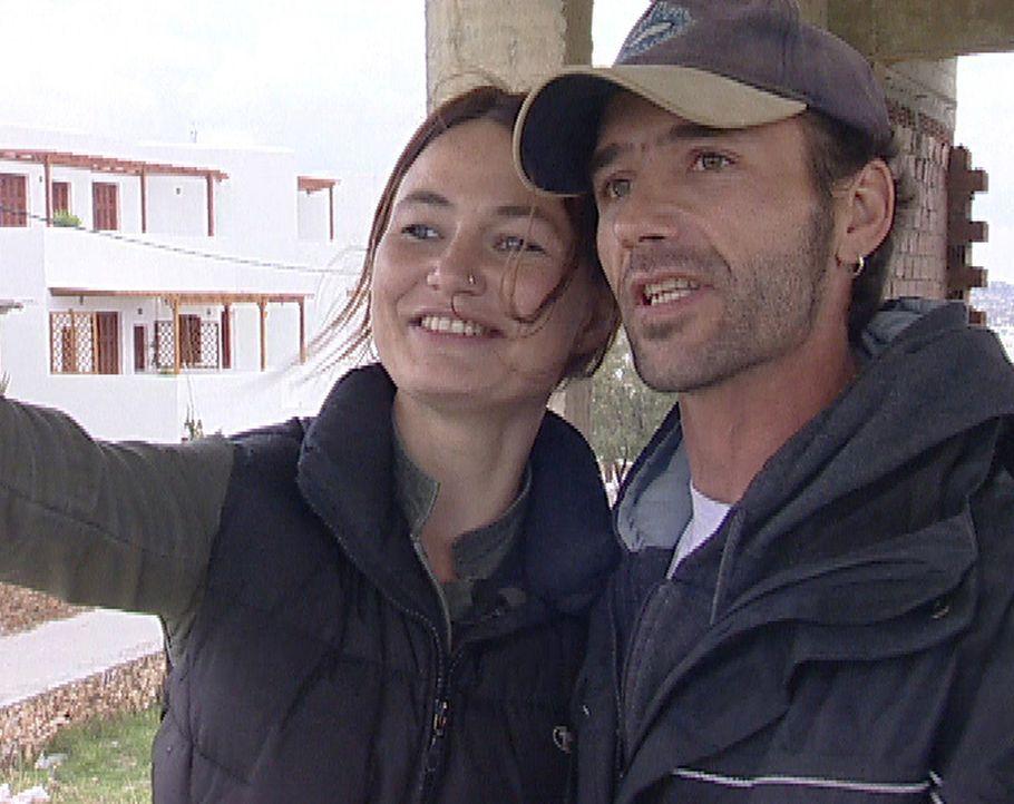 Als Nicole Dorschky (32) und Christoph Gauss (37) Anfang des Jahres ihre Zelte im bayerischen Buchloe abbrechen, ist ihr Ziel klar: Das Paar will au... - Bildquelle: kabel eins