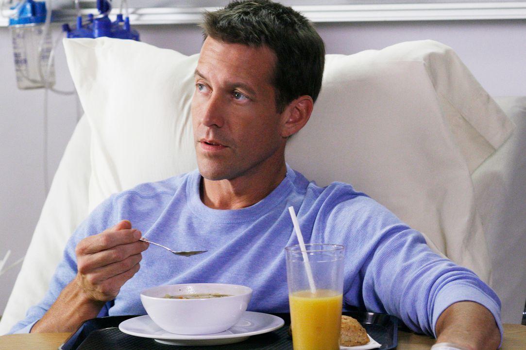 Susan will unbedingt Mikes (James Denton) Gedächtnis ankurbeln, doch er reagiert ziemlich abweisend auf sie ... - Bildquelle: 2005 Touchstone Television  All Rights Reserved